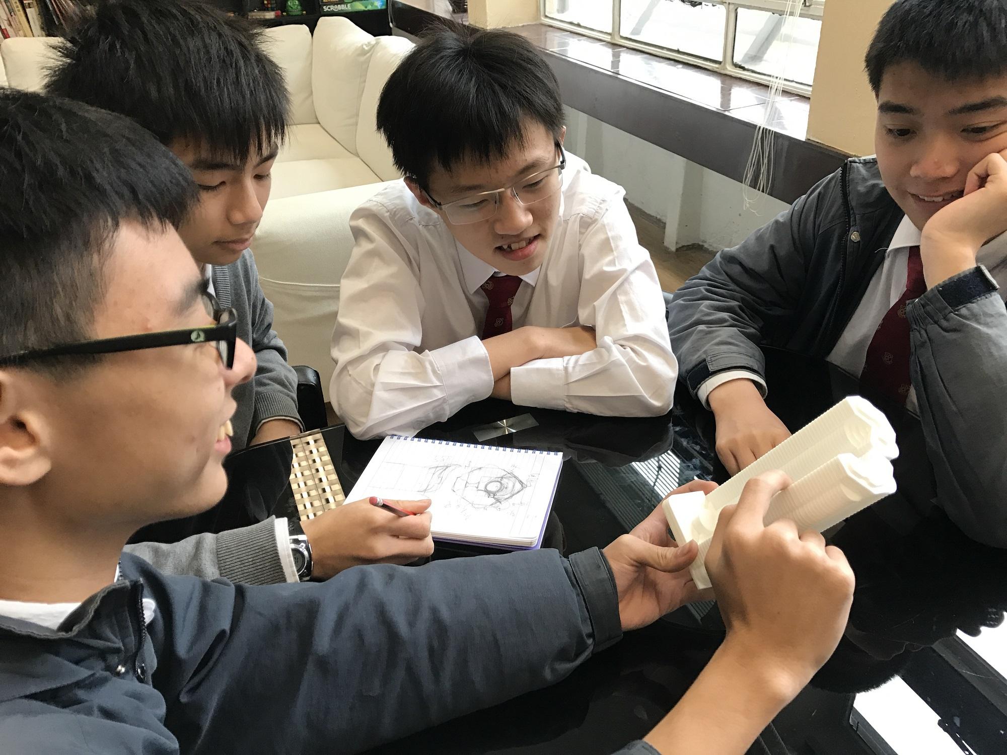 天主教慈幼會伍少梅中學的3D打印比賽銀獎 - 迷人的維港相片8