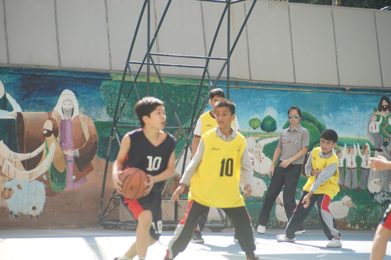 天主教慈幼會伍少梅中學的小學籃球賽相片6