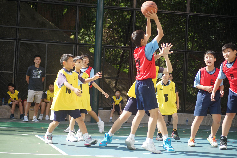 天主教慈幼會伍少梅中學的小學籃球賽相片21