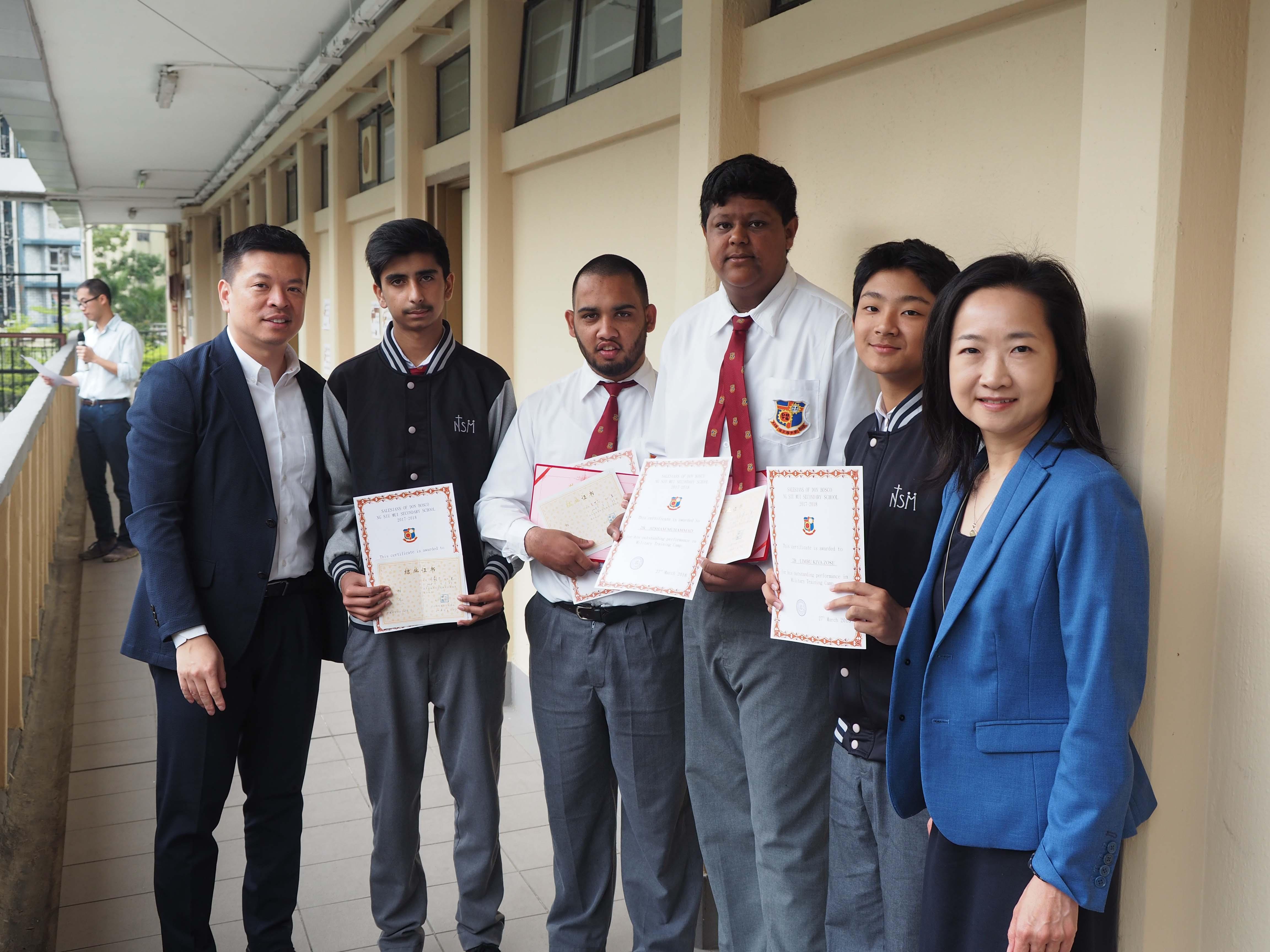 天主教慈幼會伍少梅中學的蔡海偉先生來訪相片7