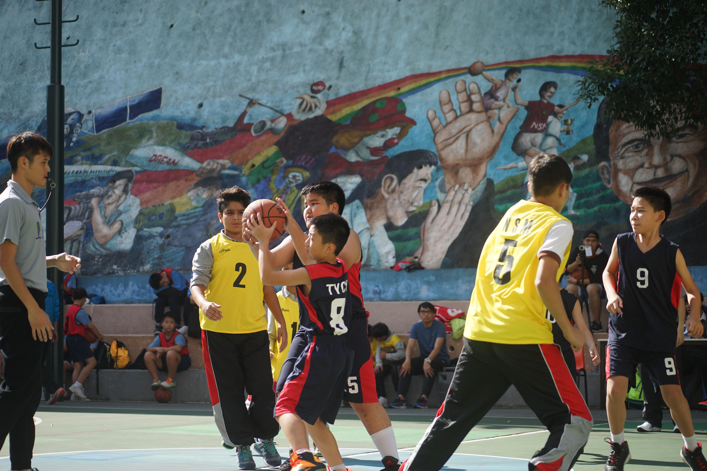 天主教慈幼會伍少梅中學的小學籃球賽相片1