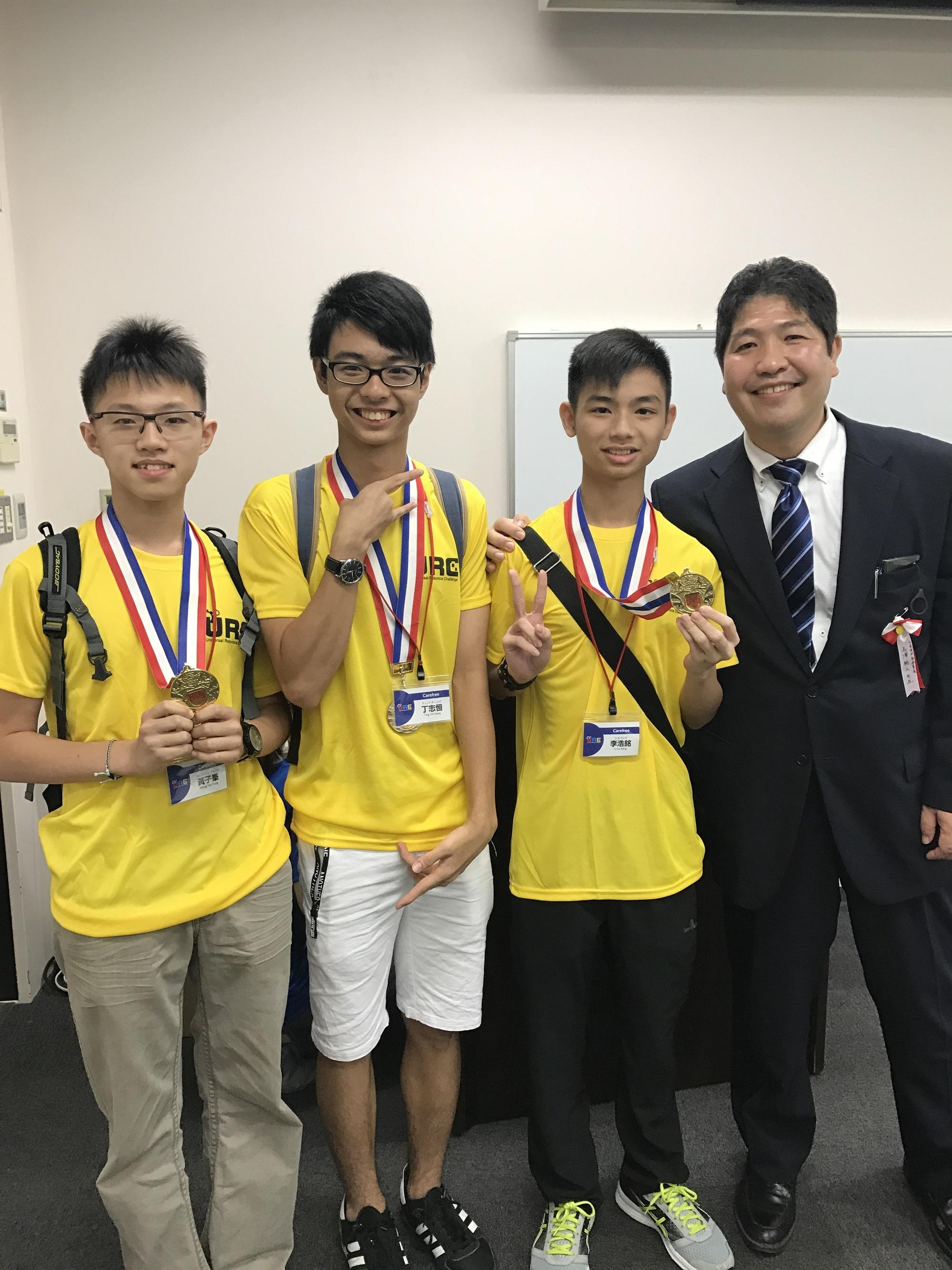 天主教慈幼會伍少梅中學的日本機械人比賽 - Universal Robotic Challenge 最佳設計獎相片14